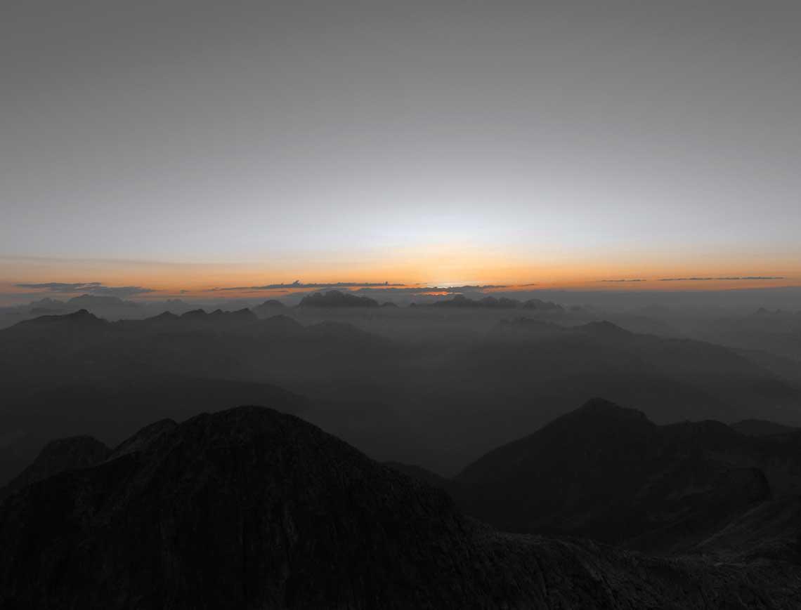 alba in Cima d'Asta